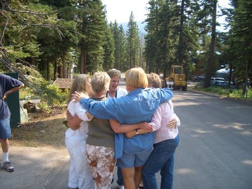 Mona Hugs saying good bye until next year